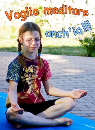 bambina che medita